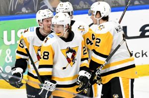 PENGUINS EARN FIRST WIN IN THRILLER AGAINST CRUNCH