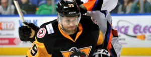 Read more about the article PENGUINS WIN SIXTH-STRAIGHT IN 6-5 BARNBURNER WITH PHANTOMS