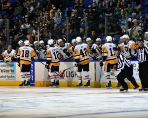 Read more about the article PENGUINS WIN SEASON OPENER IN A SHOOTOUT, 3-2