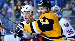 Read more about the article PENGUINS' WINNING STREAK ENDS WITH LOSS TO SOUND TIGERS