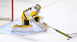 Read more about the article PENGUINS PULL OFF 2-1 SHOOTOUT WIN AT PROVIDENCE