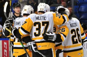 PENGUINS WIN FIFTH IN A ROW, BEAT PHANTOMS, 2-1