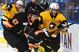 Read more about the article PENGUINS DEFEAT PHANTOMS IN FIRST PRESEASON GAME, 2-1