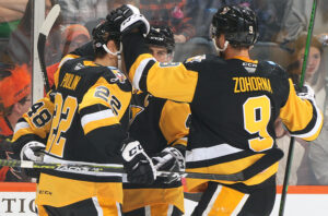 Read more about the article PUUSTINEN STRIKES TWICE IN PENGUINS' 2-1, OT WIN